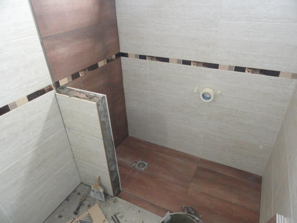 Reformas ba o donostialdea reformas en donostia - Revestimientos para duchas ...