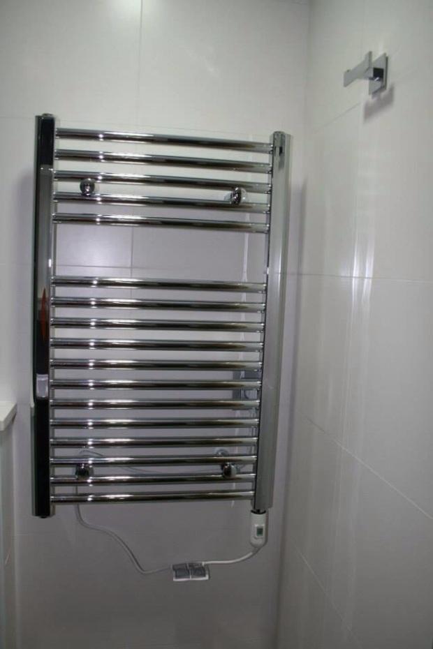 Cuanto Cuesta Hacer Un Baño Nuevo:Precioso #baño con inodoro suspendido