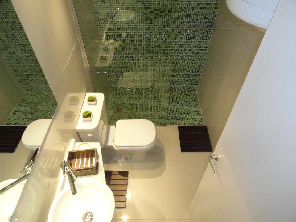 Fontaneria Baño Nuevo:Nuevo servicio de colocación y sustitución de mamparas de baño