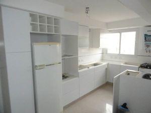 1383046 651711344851086 1169855318 n - Reforma y ampliación de una cocina.