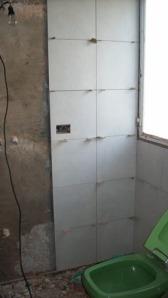 061 - Reforma de dos baños con gresite de vidrio.