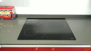 wpid img 20151021 101820 - Cocina completa y mamparas de baño instaladas en Irura.