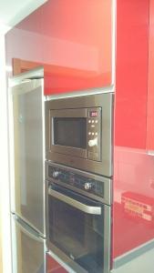 wpid img 20151021 101829 - Cocina completa y mamparas de baño instaladas en Irura.
